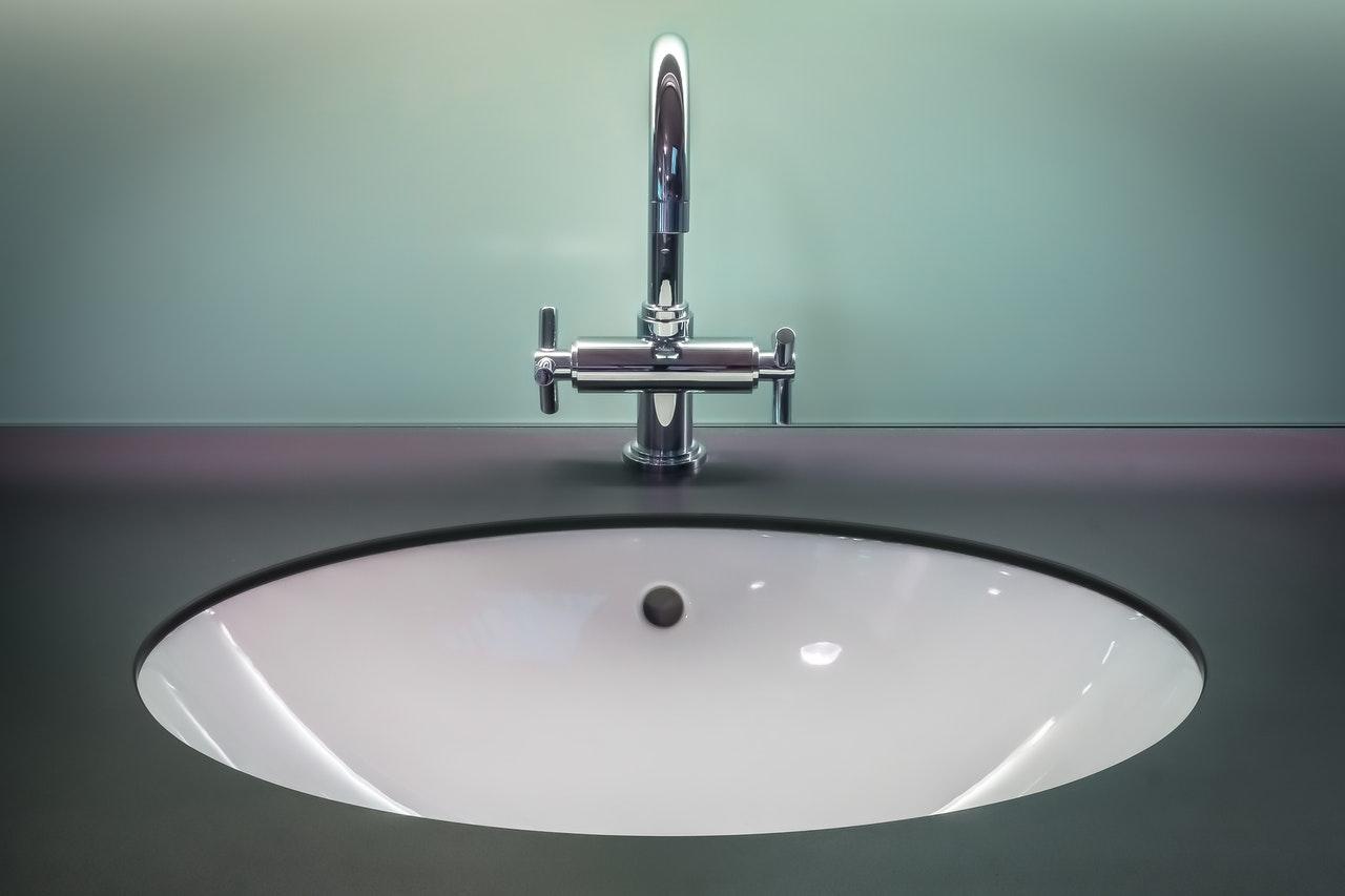Qu'entend-on par plomberie sanitaire?